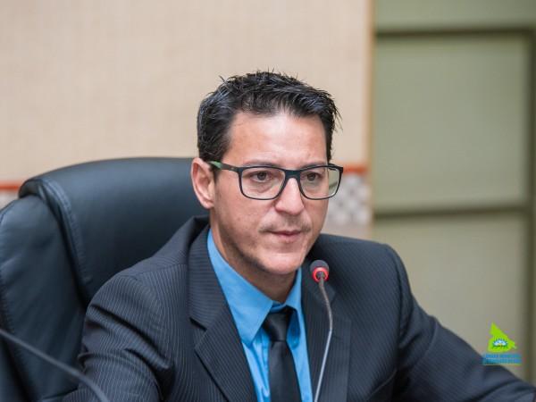 Vereador Diego da Contramão fala sobre falta de água em Chapadão do Céu